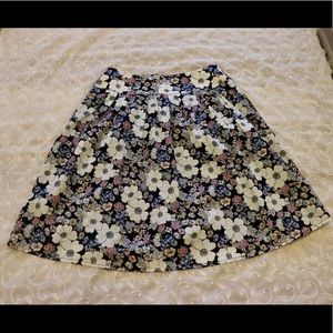 NWT - Ann Taylor floral skirt